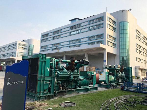 长沙某电子厂出租两台800KW康明斯发电机