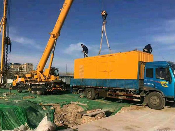 长沙万科工程建设租赁一台大型静音发电